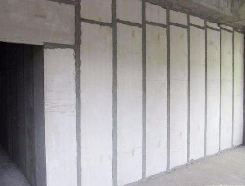 甘肅省第二人民醫院住院部北樓整棟改造項目隔墻板安裝